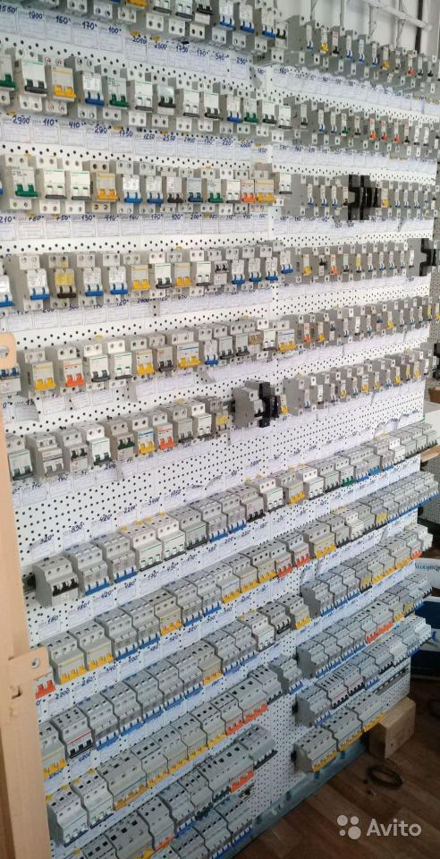 Автоматические выключатели 1, 2, 3, 4-х полюсные складские остатки
